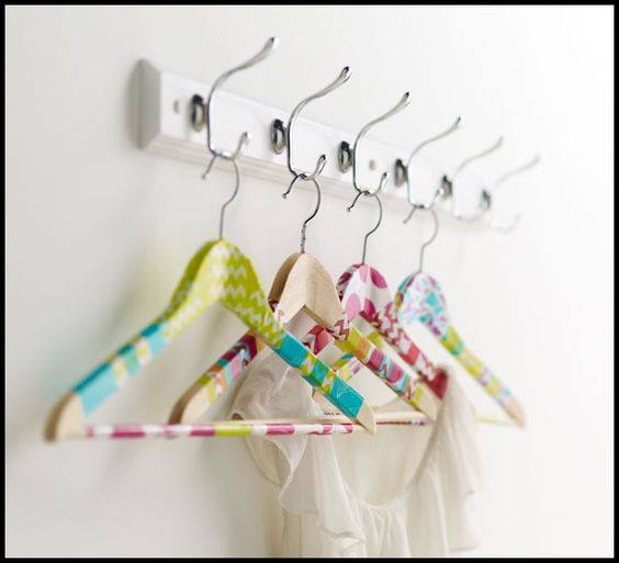 Hangers-with-washi-tape